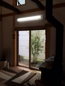 2015.9.12 M様邸玄関から見えるいろはもみじ